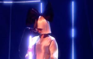 和訳 Alive Sia 英語歌詞・和訳歌詞  ホンダ オデッセイ CM曲